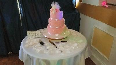 Wedding Reception - Wedding Cake - Comrades Ellesmere - DJ - Happy Sounds Mobile Disco