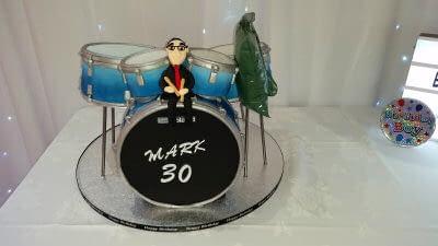 30th Birthday - Birthday Cake - Henlle Park Golf Club - Happy Sounds Mobile Disco