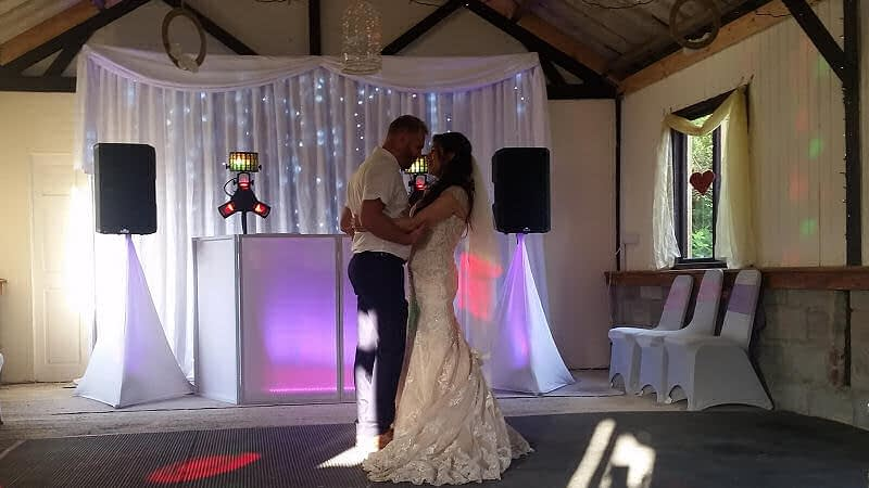 Bride and Groom - First Dance - Starlit Backdrop - Barnutopia Weddings Oswestry - Happy Sounds Mobile Disco