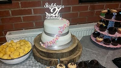 21st Birthday - Birthday cake - Happy Sounds Mobile Disco